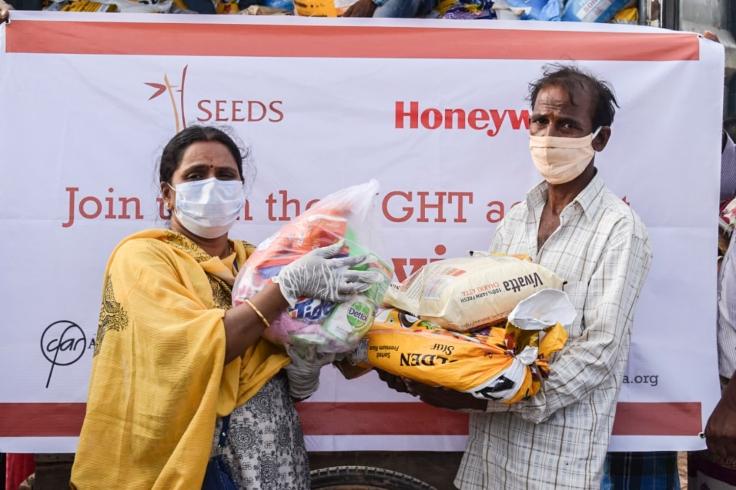 Pics 002- Karnataka SEEDS-Honeywell Distribution 2