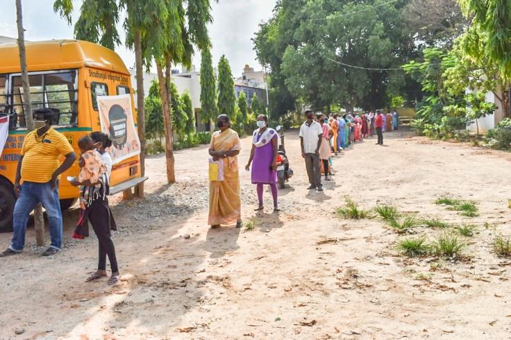 Pics 003- Karnataka SEEDS-Honeywell Distribution 3